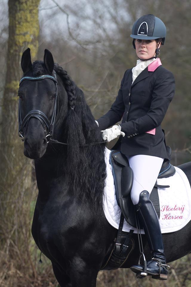 Karolien Nefkens Stoeterij Horsea